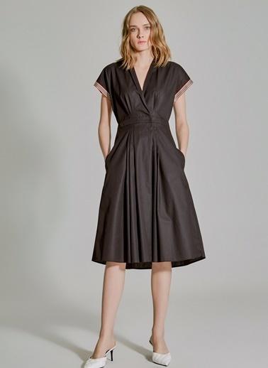 People By Fabrika Pili Detaylı Kruvaze Elbise Siyah